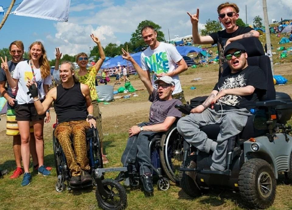 Niepełnosprawni na Pol'and'Rock Festivalu