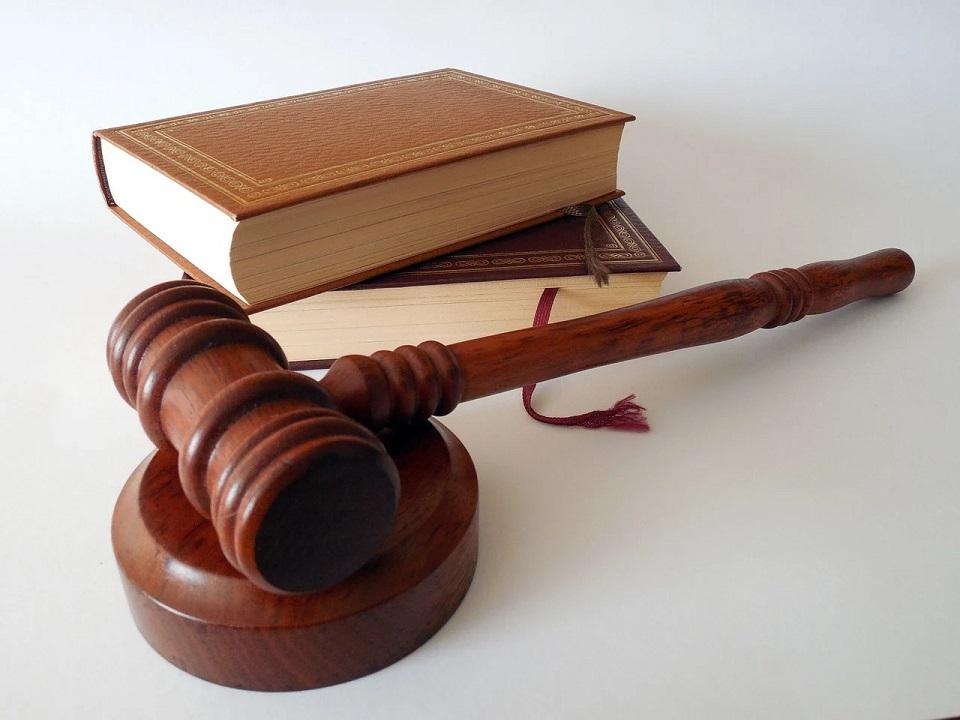 Nowe technologie w wymiarze sprawiedliwości są niezbędna. Przeszkodą – wykluczenie cyfrowe części Polaków