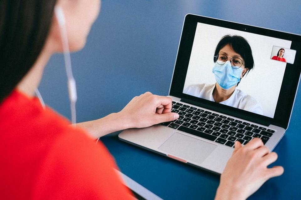 Bariery na drodze rozwoju cyfryzacji medycyny