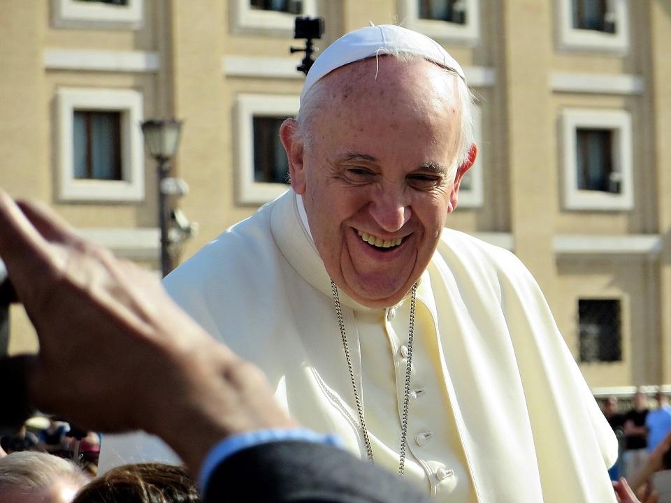 Papież Franciszek: Bóg jest w chorych, poniżonych, uwięzionych, imigrantach…