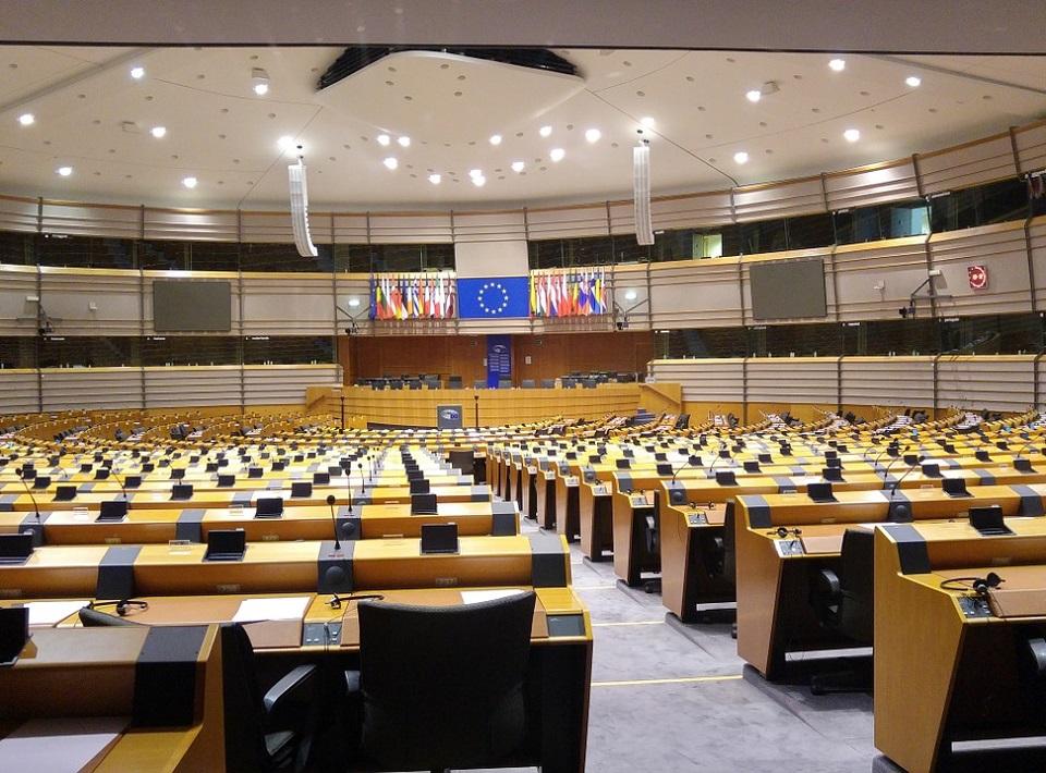 Parlament Europejski. Spory o opiekę nad dzieckiem są formą przemocy