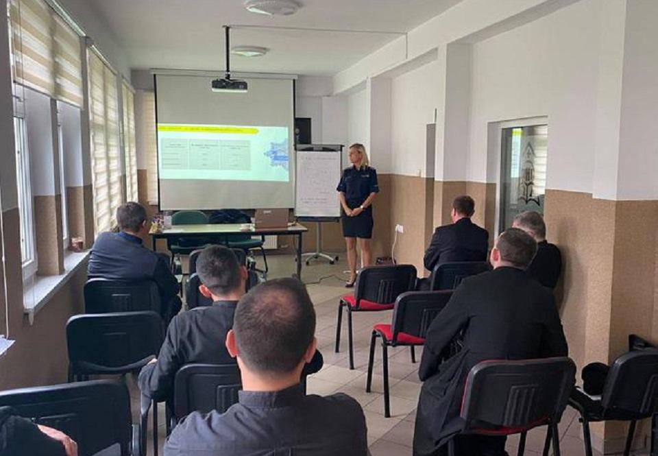 Dolnośląska policja szkoli księży. Celem jest poprawa bezpieczeństwa seniorów i osób samotnych