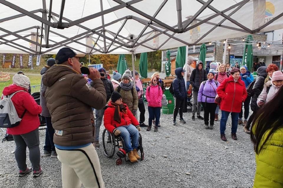 """Dzięki """"Beskidom bez barier"""" kilkuset niepełnosprawnych odwiedziło góry"""